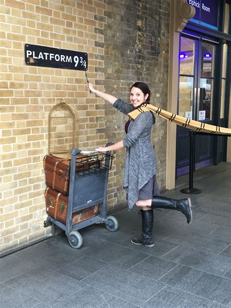 Kaos Harry Potter Harry Potter Platform 9 And 3 4 Graphics Lengan Panj 9 harry potter things to see and do in the united kingdom nerdist