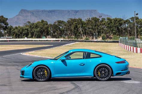 porsche carrera 2017 2017 porsche 911 carrera gts coupe profile motor trend