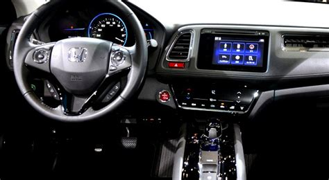 2015 Honda Hrv Interior by 187 Honda Revela Interior Do Suv Hr V Autos Motores