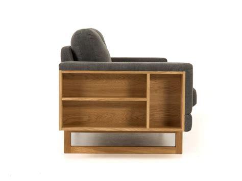 divani con libreria divano in tessuto a 2 posti con portariviste libreria by