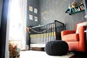 Modern Bedding Ideas inspireblog quarto de beb 234 geom 233 tricos para meninos