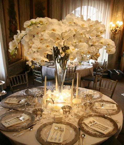 table decor 20 photos of wedding table d 233 cor ideas creative table