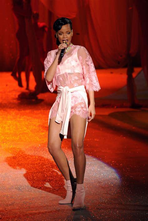 Rihhana Fashion Secrets Revealed by Rihanna In S Secret 2012 Fashion Show Runway