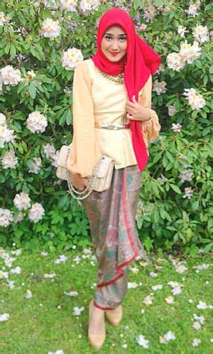 Blouse Batik Serasi Fashion 1 cara padu padan batik ala hijabers republik