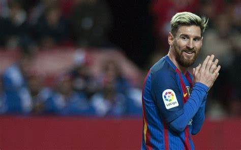 lionel messi biography in spanish messi starring role for game of thrones sport the