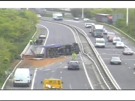truck accident caught on police camera motorway m621 (m62