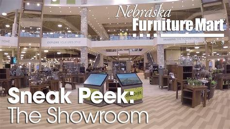 nebraska furniture mart chairs nfm tuesday sneak peek the showroom