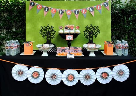 halloween themes for birthday party southern blue celebrations halloween party table ideas