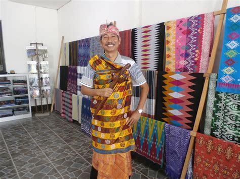 Tas Tenun Suku Sasak Lombok 1 kenali 3 jenis kain tradisional suku sasak lombok oleh hastira soekardi kompasiana