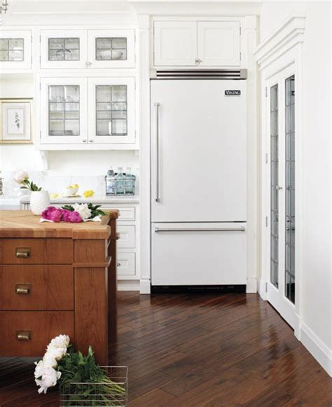 white kitchen appliances coming back the white appliance trend is stainless steel going out of