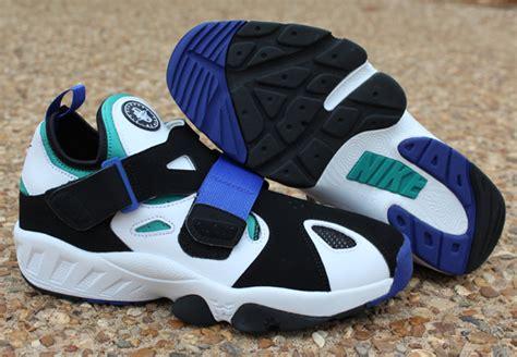 nike air huarache trainer 94 black volt sneaker freaker nike air trainer huarache 94 arriving to retailers sbd