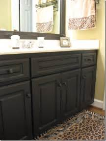 paint bathroom cabinets photo