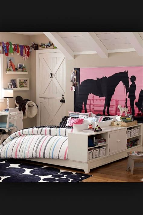 teenage horse themed bedroom best 25 horse rooms ideas on pinterest
