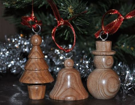 turning christmas ornaments 35 best images about wood turned ornaments on trees turned wood