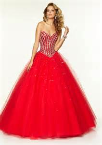 Beautiful red christmas dresses a collection of dresses for you