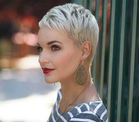 Platnium Highlights Very Very Short Pixie Salt And Pepper | 30 short blonde pixie cuts pixie cut 2015