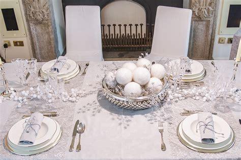 tavola per come apparecchiare la tavola per natale