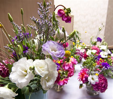 retirement centerpieces meet a fiftyflowers customer service rep and floral