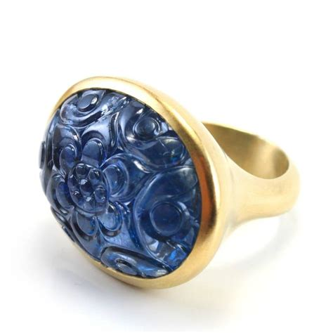large carved mughal sapphire gold ring for sale at 1stdibs