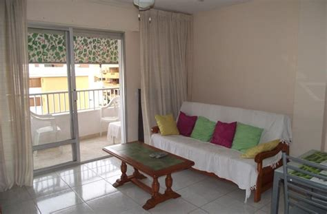 living rom holiday apartment for rent in torrevieja mar azul