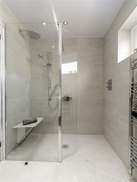bathroom showers and mobility bath service