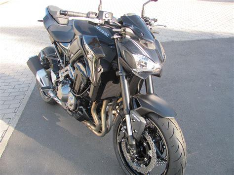 Motorradhandel Kawasaki by Umgebautes Motorrad Kawasaki Z900 Von Brand Und Dowalil