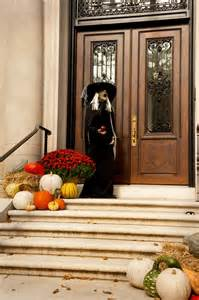 Traditional Halloween Decorations 125 Cool Outdoor Halloween Decorating Ideas Digsdigs