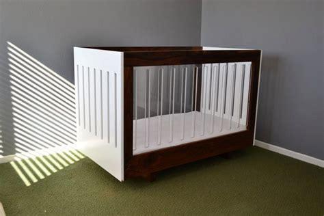 walnut  acrylic baby crib   son  outsane