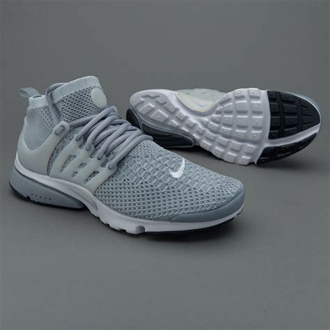 Sepatu Bola Nike Flyknit sepatu sneakers nike original air presto flyknit ultra