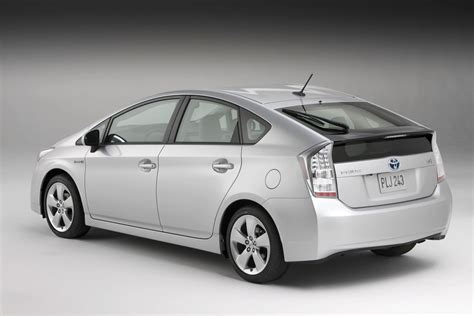 Toyota Prius Hybrid Images World Of Cars