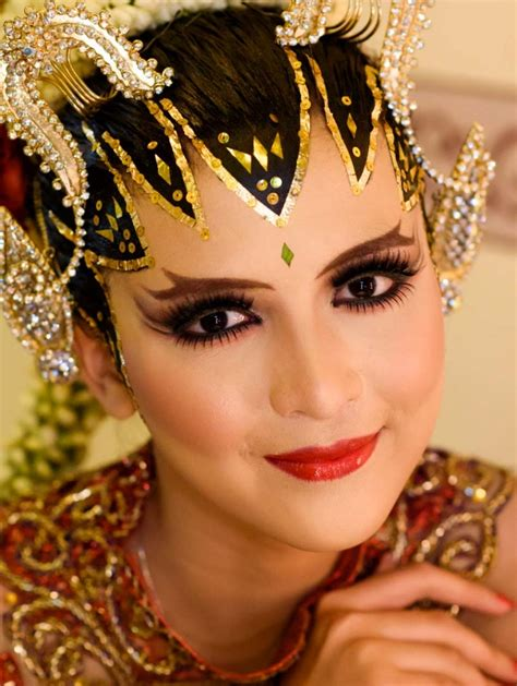 video tutorial make up pengantin indonesia rias pengantin jogja paes ageng sanggar rias pengantin