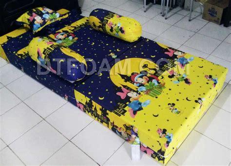 Sofa Bed Anak Karakter Frozen sofa bed inoac anak karakter kartun mickey mouse kuning