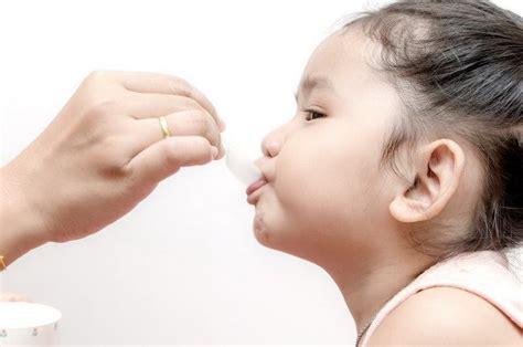 A Z Mengasuh Bayi Tanpa Panik 8 obat yang belum tentu tepat diberikan untuk balita