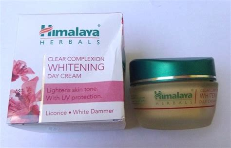 Harga Clear Complexion Whitening Day himalaya clear complexion whitening day review