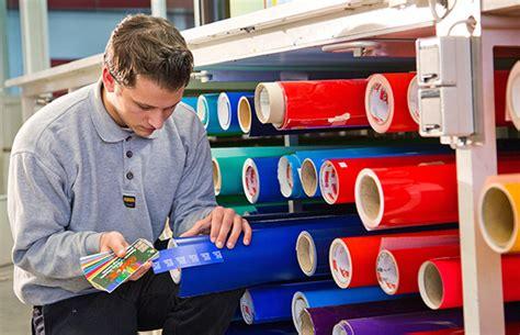 Bewerbungsschreiben Ausbildung Schilder Und Lichtreklamehersteller firmengruppe br 252 ck gmbh ausbildung schilder und