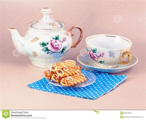 Biscuits And Old fashioned Tea Service Royalty Free Stock Images   Image: 28674849