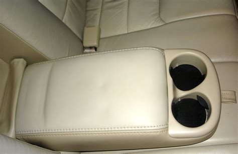 front seat of car called file armrest jpg wikimedia commons
