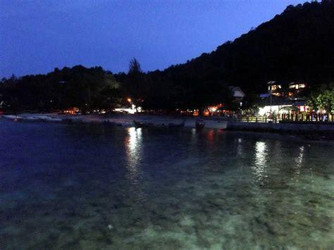 Celana Pantai Pariwisata 16 hari keliling sumatra dg motor wisbenbae