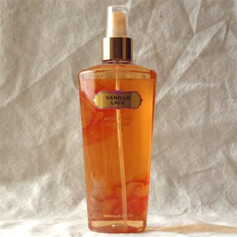 Sprei Vanilla s secret vanilla lace mist spray new