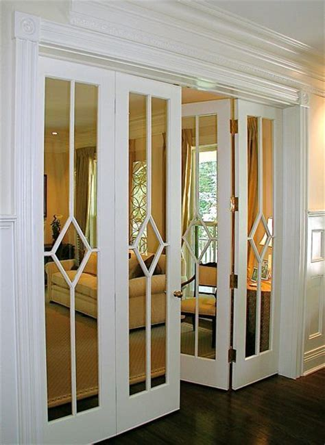 Mirrored Accordion Closet Doors 25 Best Ideas About Mirrored Closet Doors On Pinterest Small Accordion Mirror Door And