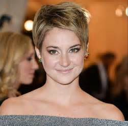 pixie haircut for strong faces 25 best pixie haircuts hairstyles 2016 2017