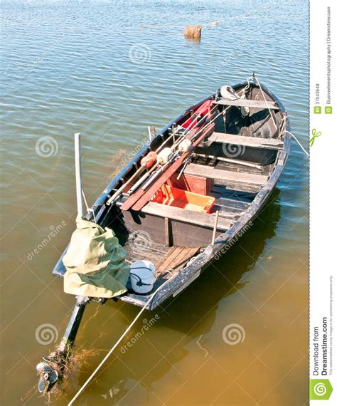 old beat up boat old run down fishing boat royalty free stock photos
