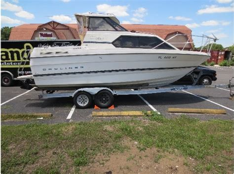 bayliner boat dealers near me bayliner 2452 hardtop boats for sale