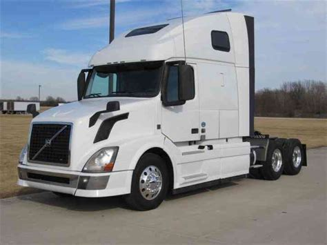 2013 volvo semi truck volvo vnl670 2013 sleeper semi trucks