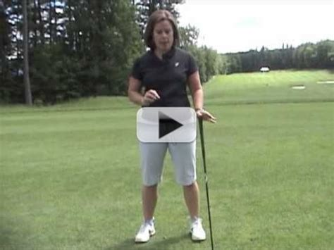 how to swing a golf club correctly video ladies golf tips golf swing faults how to