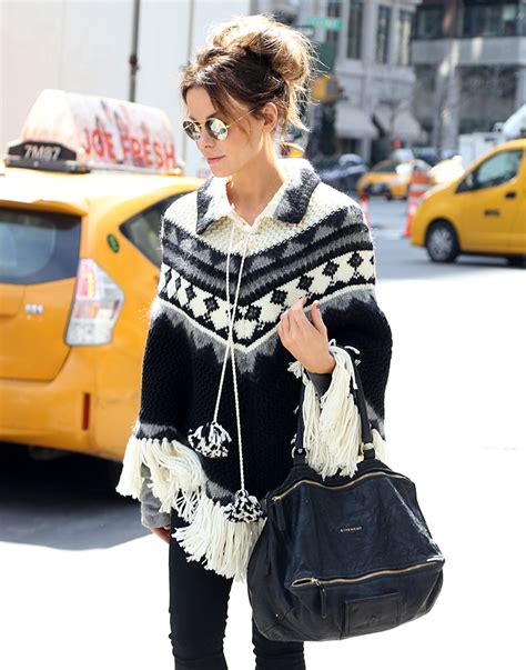 Kate Beckinsdale With Valentino Historie Purse by Last Week Gucci Bags New Dominated Tastes