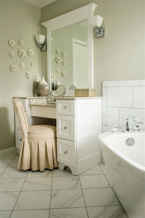 Serene Bathroom Colors by 25 Best Ideas About Serene Bathroom On House
