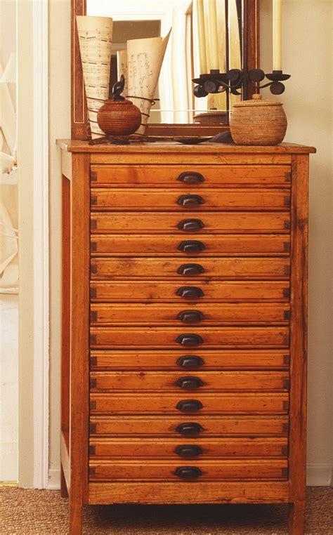 herrajes para muebles antiguos muebles antiguos recuperados y restaurados