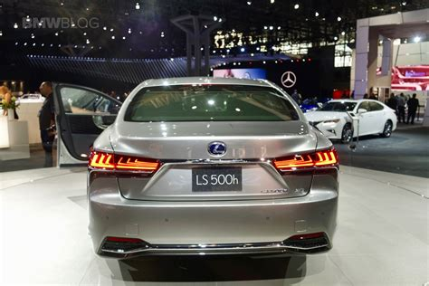 new lexus ls 2017 2018 lexus ls 500h makes u s debut at the 2017 nyc auto
