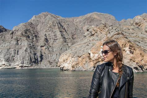fjord oman eine bootstour von khasab zum fjord khor sham josie loves